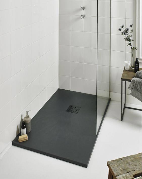bagno moderno, micromateria terre colorate